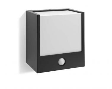 Venkovní nástěnné svítidlo MACAW 17317/30/16 3,5W se senzorem IP44 Philips