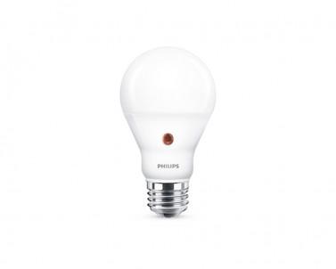 LED žárovka Philips senzor 7,5W/E27/2700K 94-02