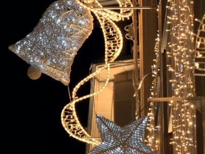 Vánoční profi LED řetěz venkovní + flash efekt 12m 120xLED LEDPLR-120-230VSW-WW-WHFL 018-327 MK-Illumination - použití