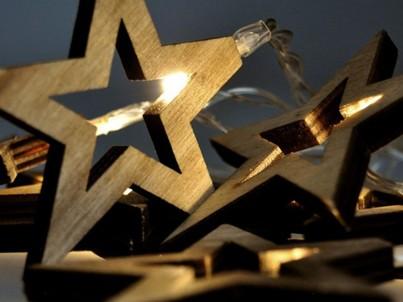 LED dřevěný vánoční řetěz hvězdy Solight 1V205 teplá bílá č.2